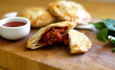 Easy bolognese pies