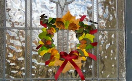 Make your own leaf wreath