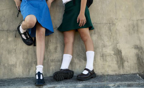 How to fit school shoes using the six-point check