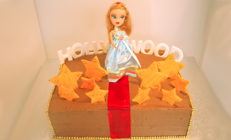 Hollywood starlet birthday cake