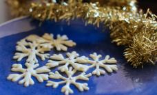 White chocolate snowflakes