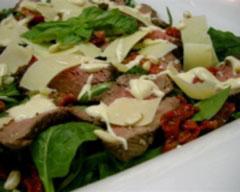 Zingy beef fillet salad