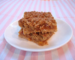 Peach crumble slice