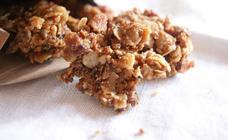 Easy jammy granola clusters