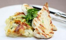Chicken breast with creamy cauliflower bake