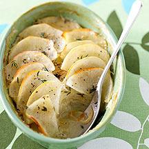 Creamy potato and onion bake
