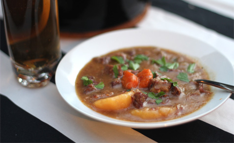 Slow cooker beer stew