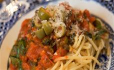Easy spaghetti puttanesca