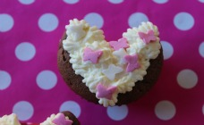 Valentines Day heart-shaped cupcakes