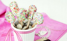 Easy biscuit pops