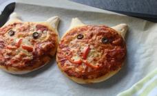 Pussycat pizzas