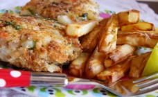 Quick fishcakes with oven baked chips