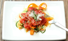 Vegetable fettuccine with tomato sauce