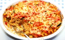 Creamy zucchini pasta bake
