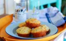 Polenta, spinach and cheddar muffins