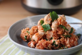Rice cooker Spanish chicken rice