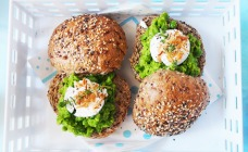 Smashed pea and goat's cheese rolls