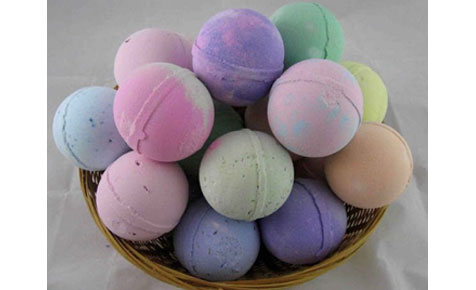 Make bath bombs