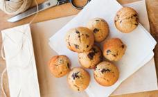 High fibre mini choc chip muffins recipe