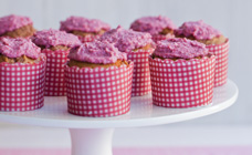 Raspberry cupcakes with creamy raspberry icing