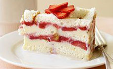 Frozen strawberry layer cake