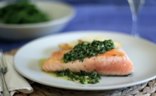 Salmon with green salsa