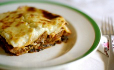 Sausage and spinach lasagne