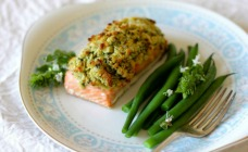 Salmon with feta and basil crust