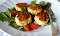 Chicken and haloumi patties