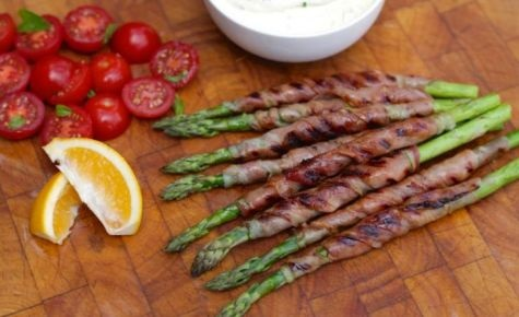 BBQ asparagus wrapped in prosciutto with whipped feta sauce
