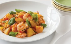 Pineapple and prawn stirfry